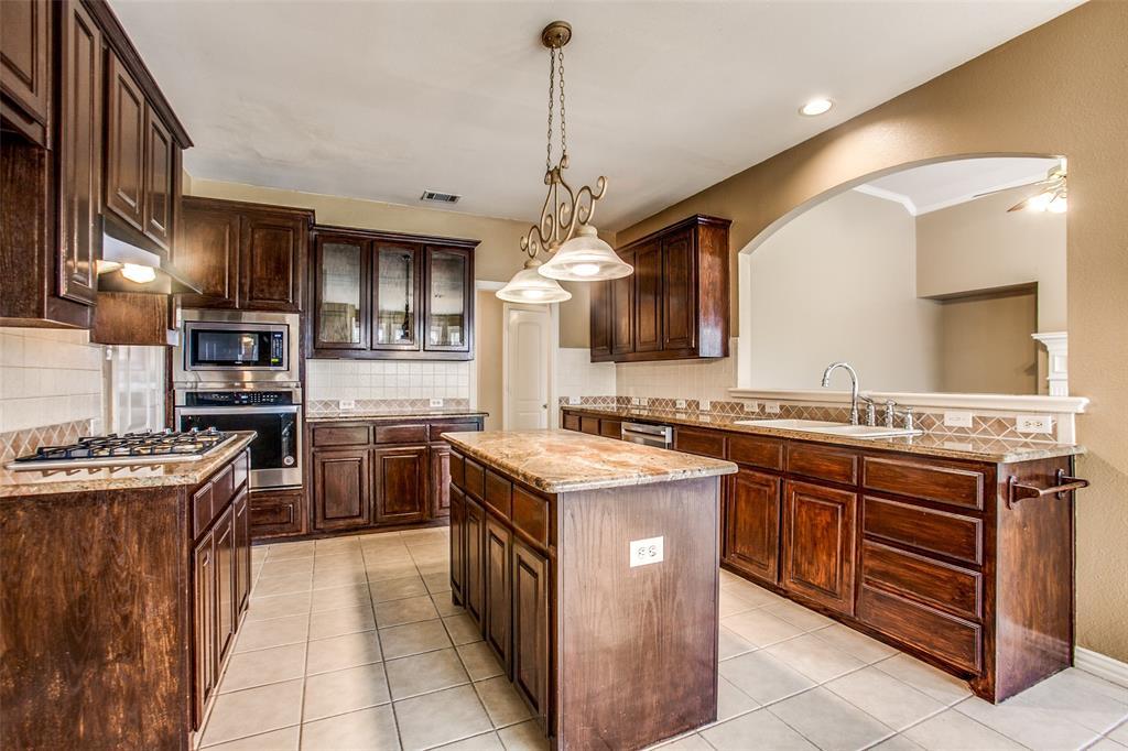 2204 Mesa Oak  Trail, Plano, Texas 75025 - acquisto real estate best new home sales realtor linda miller executor real estate