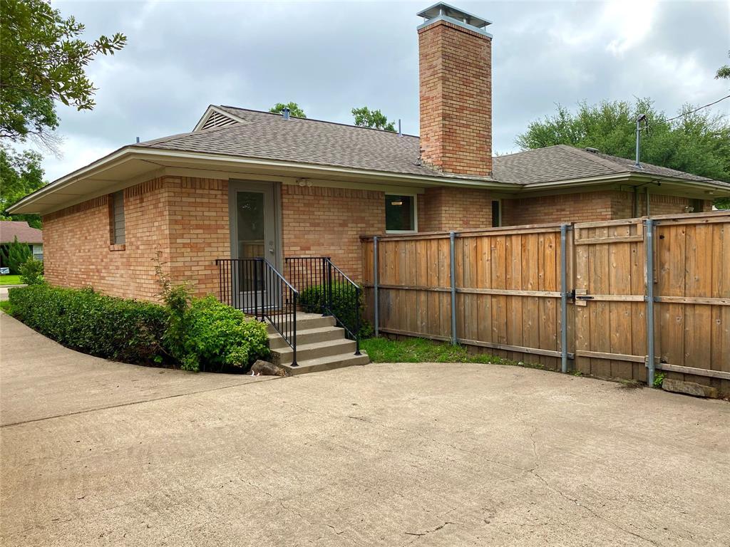 6426 Glennox Ln  Dallas, Texas 75214 - acquisto real estate best highland park realtor amy gasperini fast real estate service
