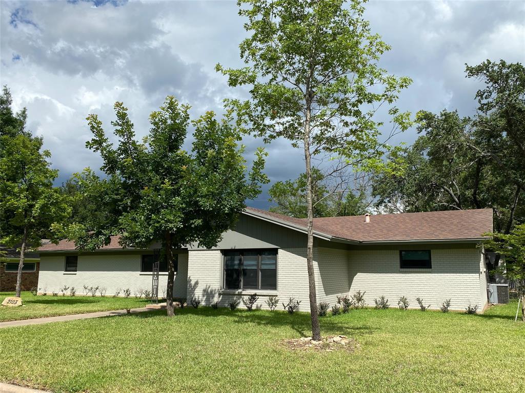 2103 High  Street, Brady, Texas 76825 - Acquisto Real Estate best mckinney realtor hannah ewing stonebridge ranch expert
