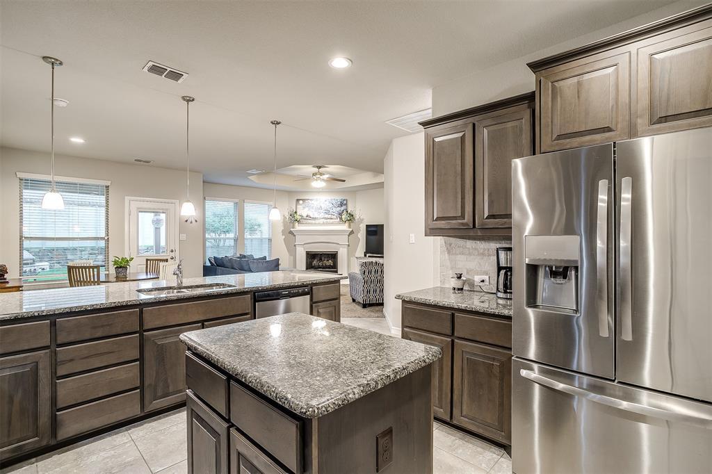 817 Dove  Cove, Argyle, Texas 76226 - acquisto real estate best listing agent in the nation shana acquisto estate realtor