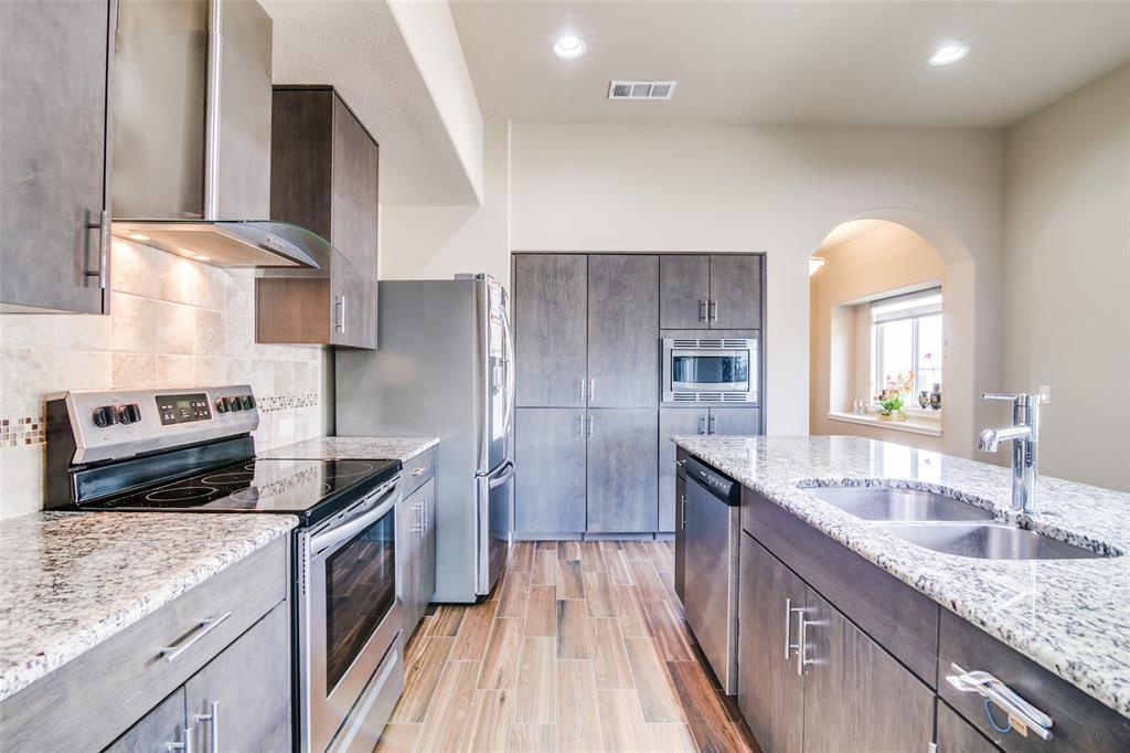 742 Brookline  Drive, Lavon, Texas 75166 - acquisto real estate best prosper realtor susan cancemi windfarms realtor