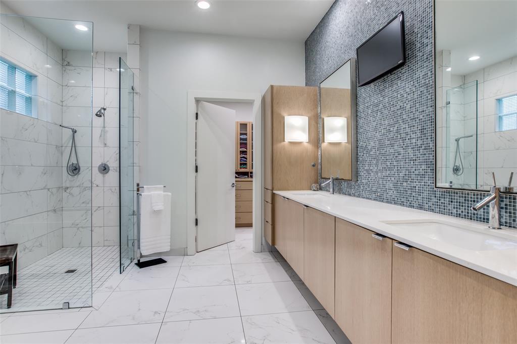 4322 Williamsburg  Road, Dallas, Texas 75220 - acquisto real estate best realtor dallas texas linda miller agent for cultural buyers