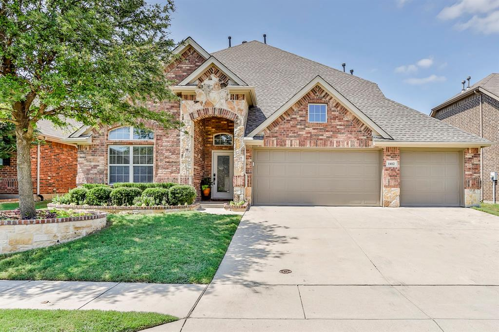 1412 Mesa Flats  Drive, Fort Worth, Texas 76052 - Acquisto Real Estate best plano realtor mike Shepherd home owners association expert