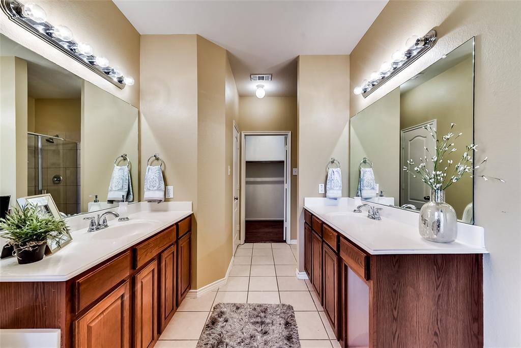10283 Limbercost  Lane, Frisco, Texas 75035 - acquisto real estate best realtor foreclosure real estate mike shepeherd walnut grove realtor