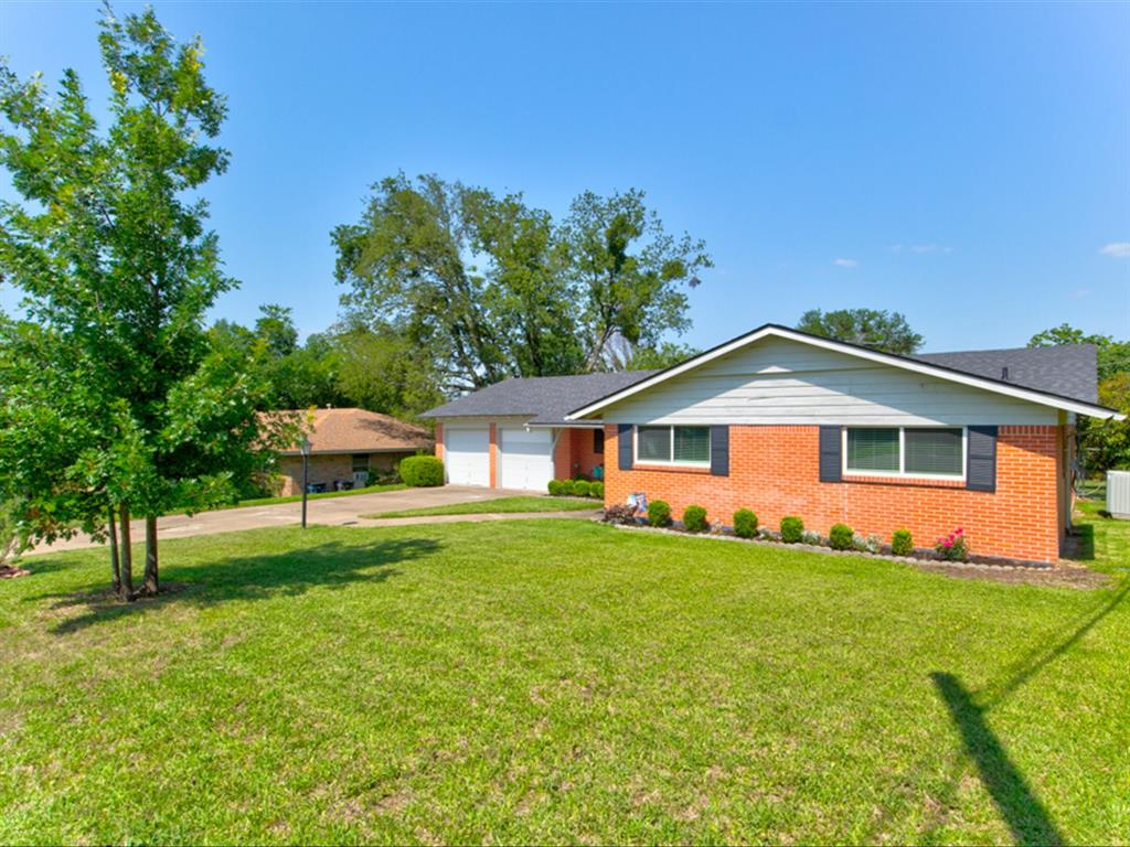 5621 Wedgworth  Road, Fort Worth, Texas 76133 - acquisto real estate agent of the year mike shepherd