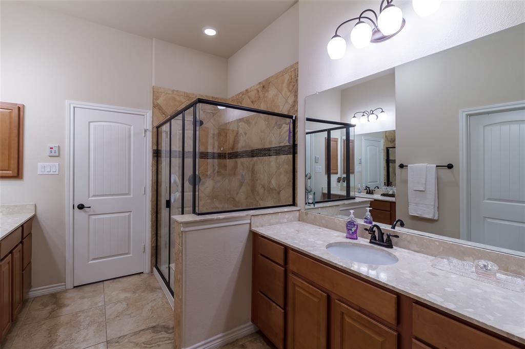 516 Caudle  Lane, Savannah, Texas 76227 - acquisto real estate best realtor foreclosure real estate mike shepeherd walnut grove realtor