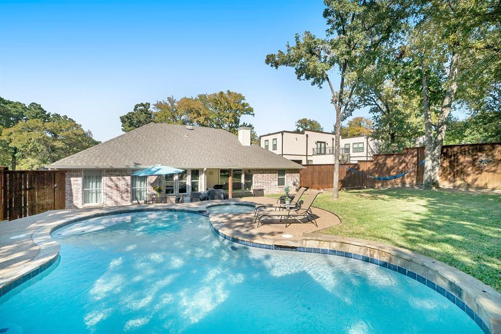 1608 Donna  Lane, Bedford, Texas 76022 - acquisto real estate best realtor foreclosure real estate mike shepeherd walnut grove realtor