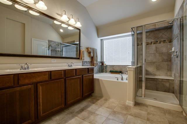 1826 Long Bow  Trail, Euless, Texas 76040 - acquisto real estate best real estate company in frisco texas real estate showings