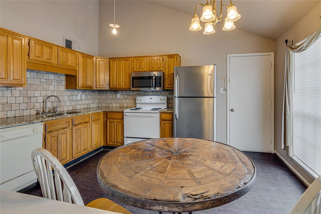4268 Staghorn  Circle, Fort Worth, Texas 76137 - acquisto real estate best highland park realtor amy gasperini fast real estate service