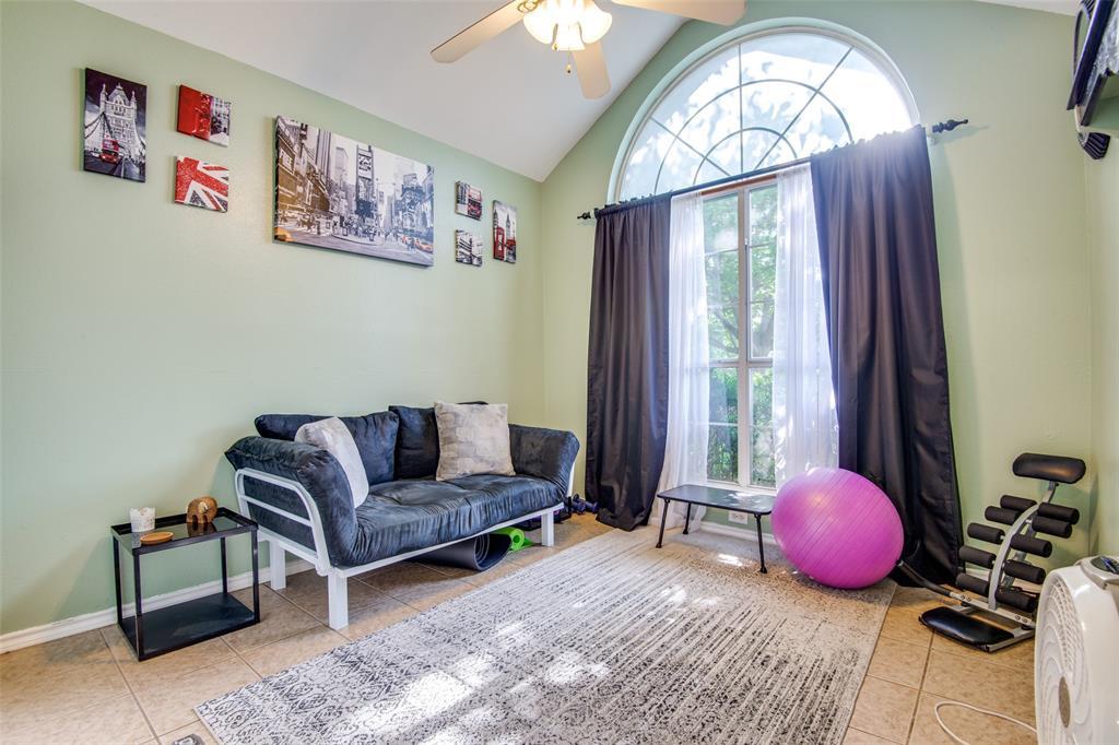 1204 Oak  Valley, Denton, Texas 76209 - acquisto real estate best new home sales realtor linda miller executor real estate