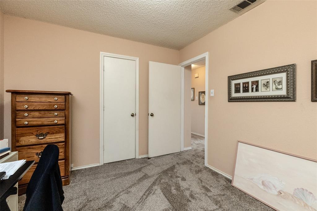 302 Barclay  Avenue, Coppell, Texas 75019 - acquisto real estate best negotiating realtor linda miller declutter realtor