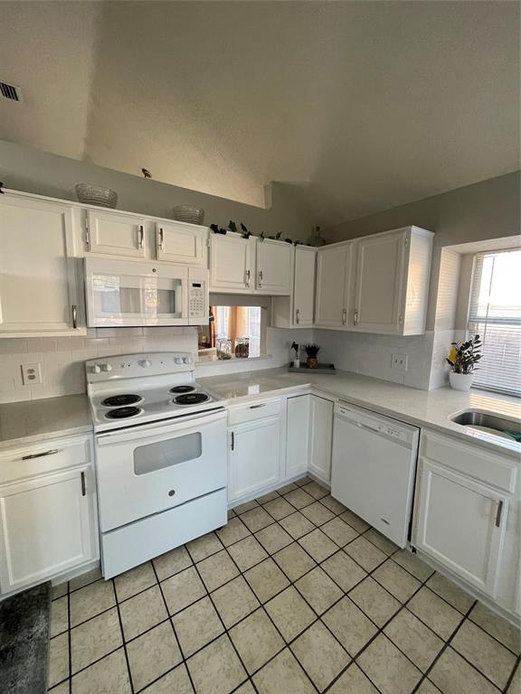 1205 Calvert  Drive, Cedar Hill, Texas 75104 - acquisto real estate best highland park realtor amy gasperini fast real estate service