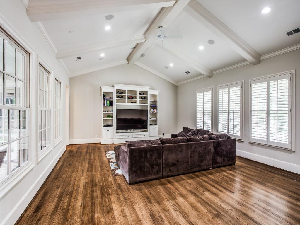 2909 Hanover  Street, University Park, Texas 75225 - acquisto real estate best photos for luxury listings amy gasperini quick sale real estate
