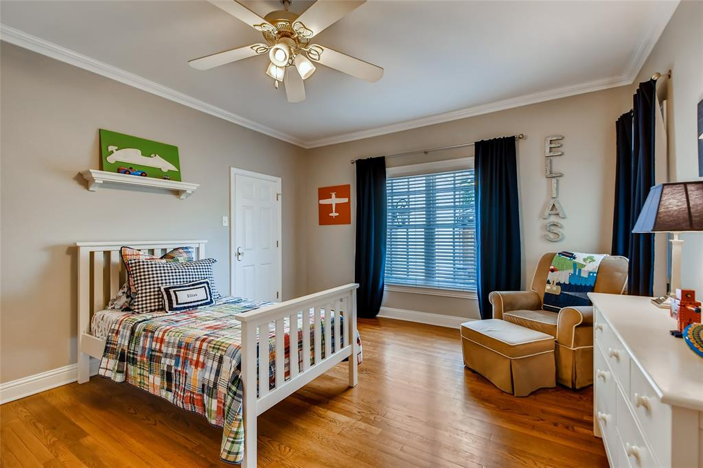 2311 Stanley  Avenue, Fort Worth, Texas 76110 - acquisto real estate best photos for luxury listings amy gasperini quick sale real estate