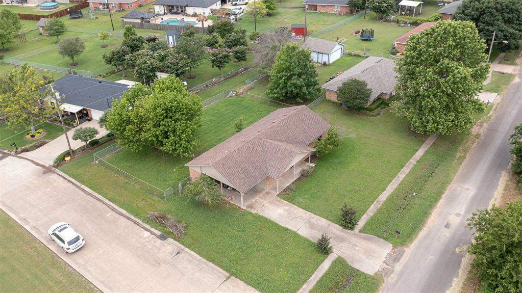 329 Hyles  Street, Italy, Texas 76651 - acquisto real estate best realtor dallas texas linda miller agent for cultural buyers