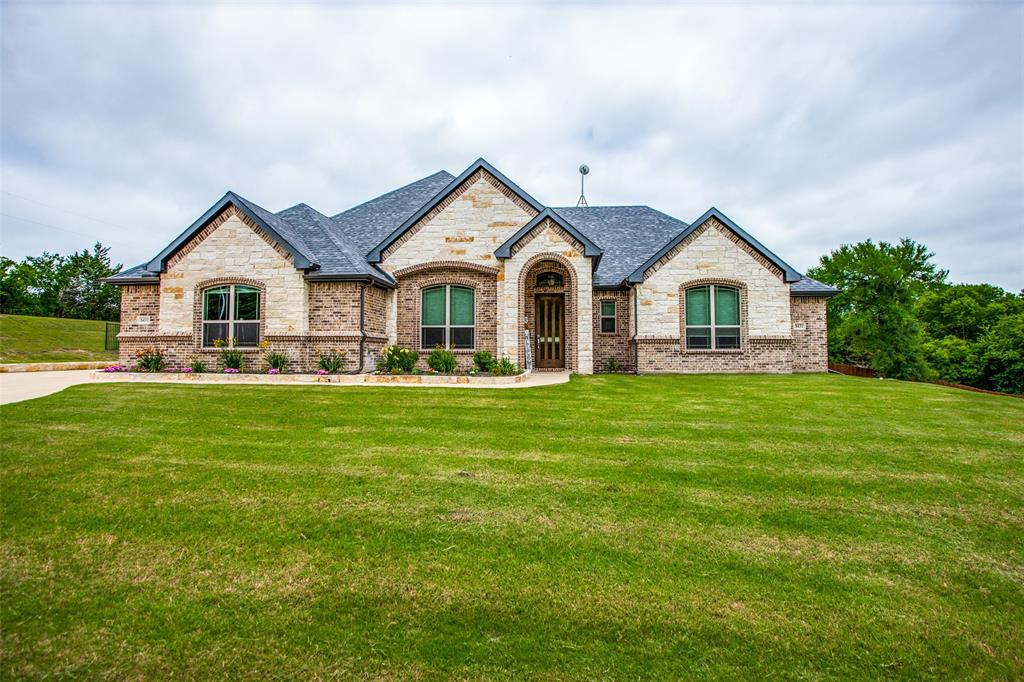 8431 Forest Creek  Lane, Anna, Texas 75409 - Acquisto Real Estate best plano realtor mike Shepherd home owners association expert