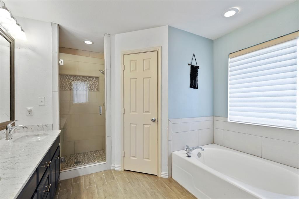 525 Addison  Street, Lake Dallas, Texas 75065 - acquisto real estate best new home sales realtor linda miller executor real estate