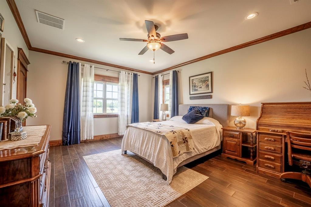 1347 Farm Road 269  Saltillo, Texas 75478 - acquisto real estate best real estate company to work for