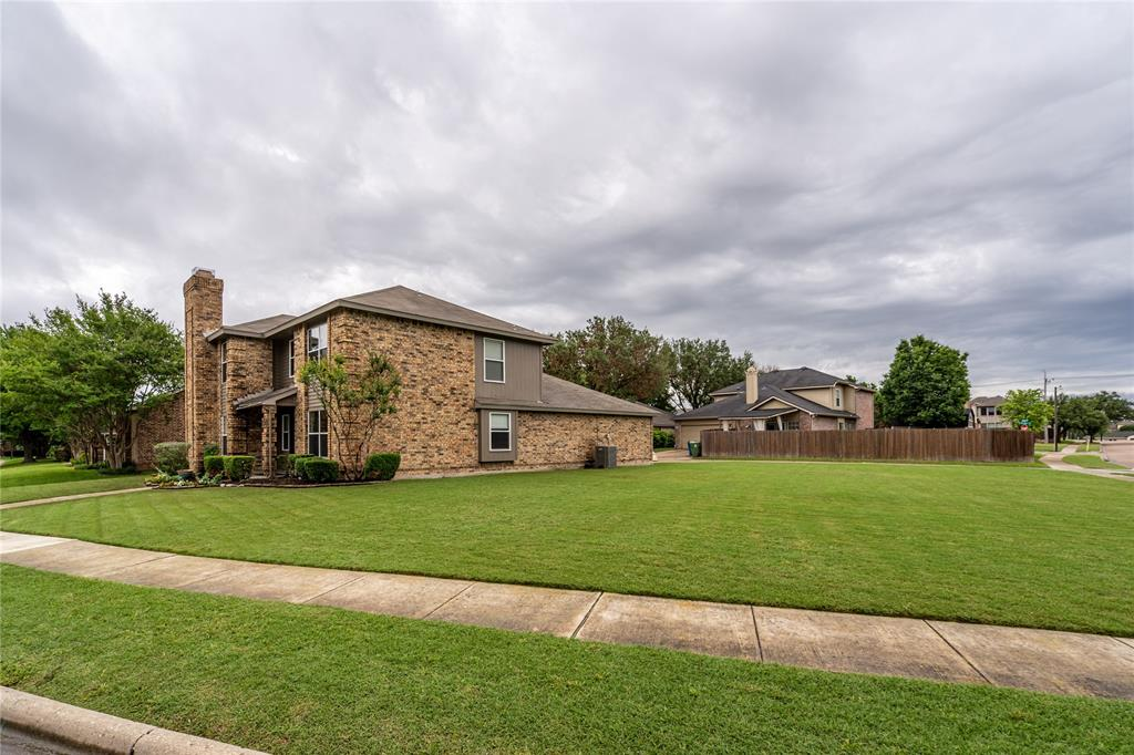 998 Acorn  Drive, Lewisville, Texas 75067 - acquisto real estate best the colony realtor linda miller the bridges real estate