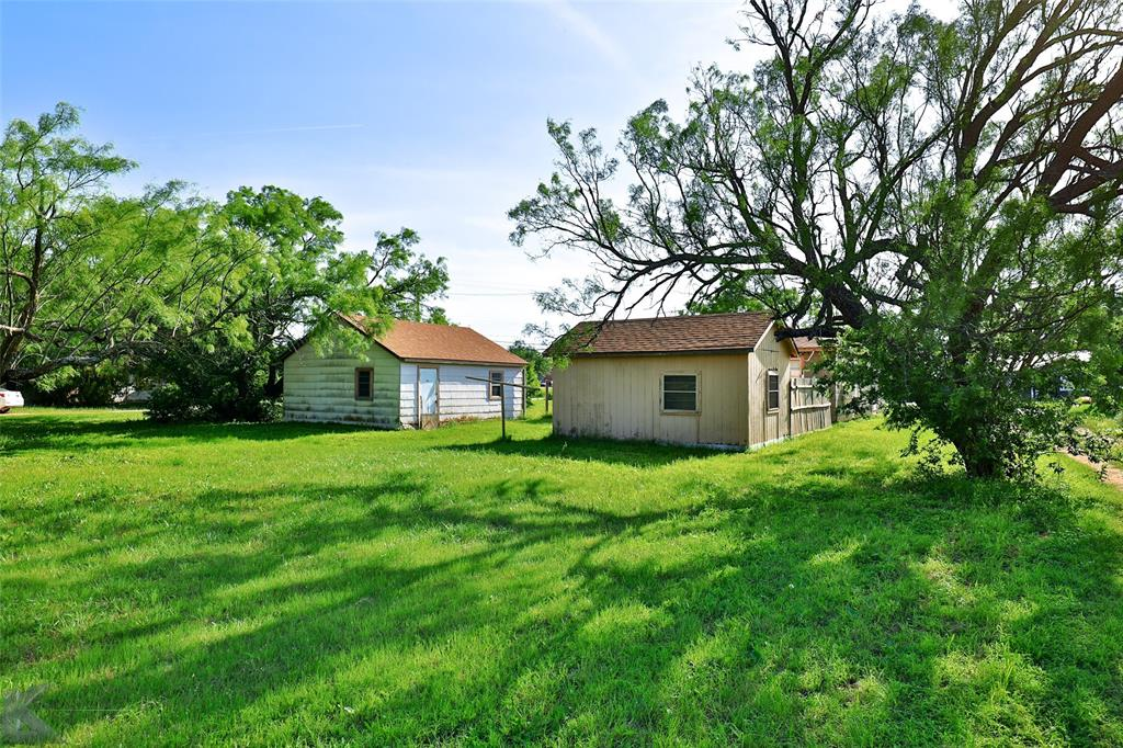 813 Orient  Street, Stamford, Texas 79553 - acquisto real estate best plano real estate agent mike shepherd