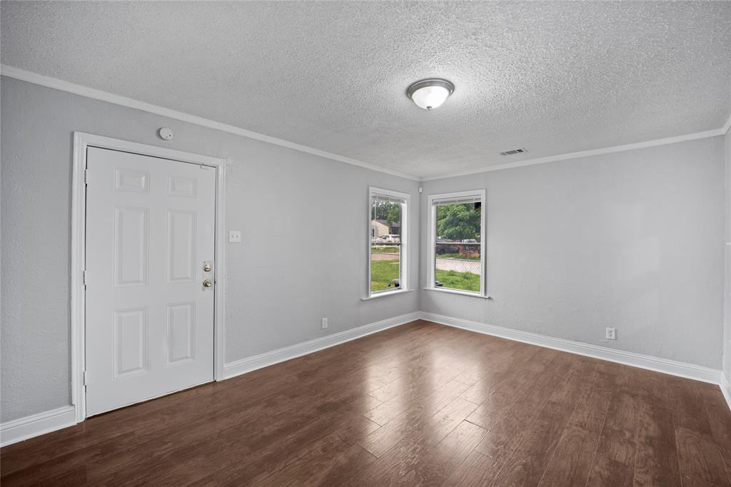 3138 Ramsey  Avenue, Dallas, Texas 75216 - acquisto real estate best luxury buyers agent in texas shana acquisto inheritance realtor
