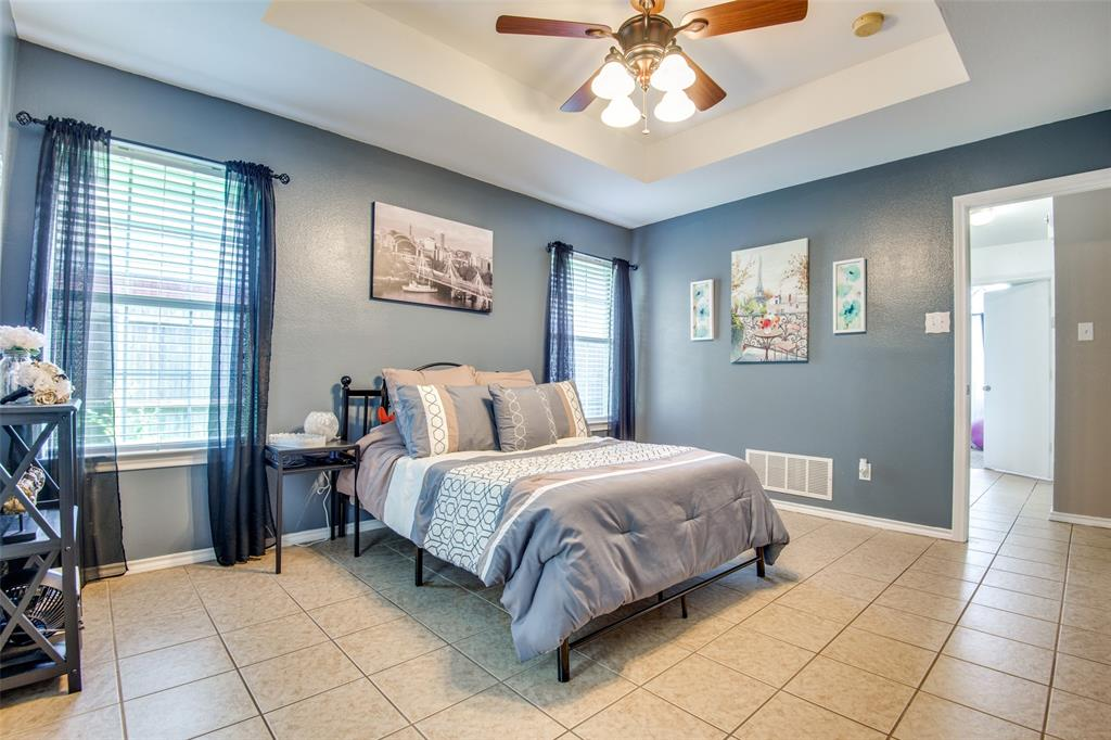 1204 Oak  Valley, Denton, Texas 76209 - acquisto real estaet best boutique real estate firm in texas for high net worth sellers