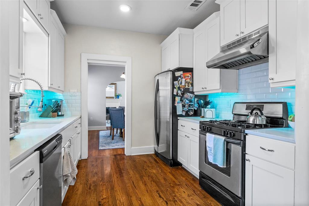 703 Valencia  Street, Dallas, Texas 75223 - acquisto real estate best luxury buyers agent in texas shana acquisto inheritance realtor