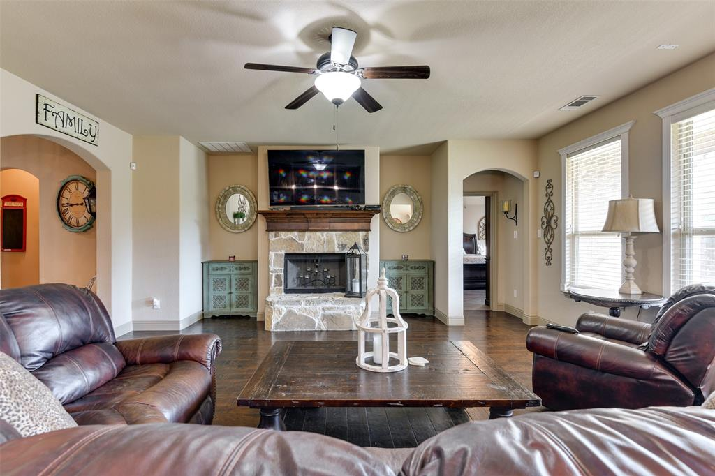 337 Canadian  Lane, Burleson, Texas 76028 - acquisto real estate best real estate company in frisco texas real estate showings
