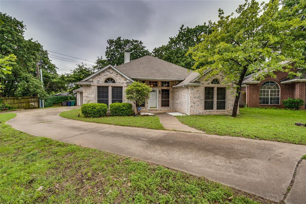 7624 Arbor Ridge  Court, Fort Worth, Texas 76112 - acquisto real estate best designer and realtor hannah ewing kind realtor