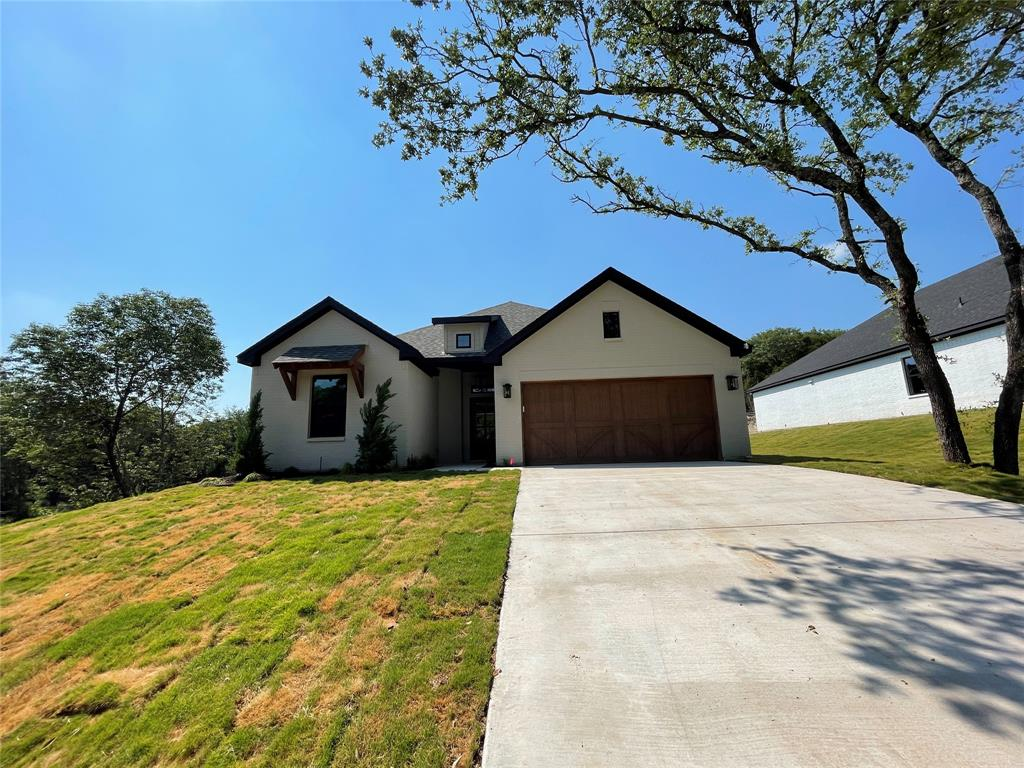 805 Woodhaven  Court, Granbury, Texas 76048 - Acquisto Real Estate best plano realtor mike Shepherd home owners association expert