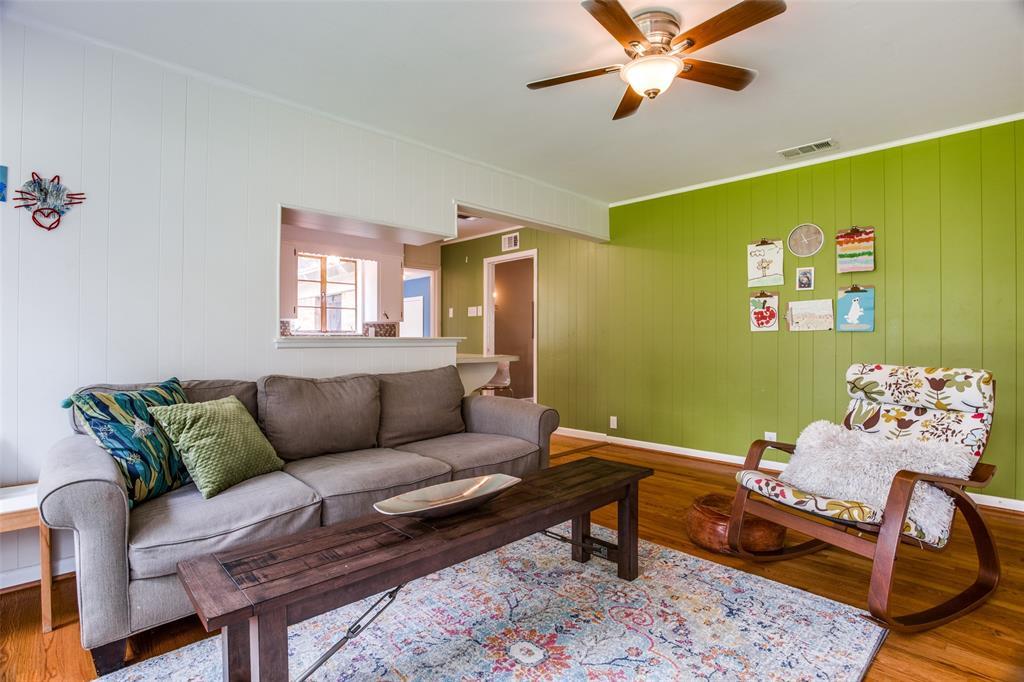 9833 Champa  Drive, Dallas, Texas 75218 - acquisto real estate best highland park realtor amy gasperini fast real estate service