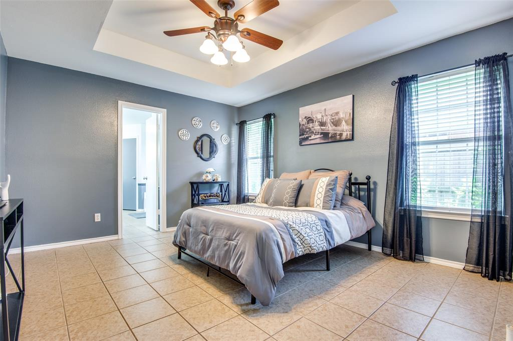 1204 Oak  Valley, Denton, Texas 76209 - acquisto real estate best frisco real estate broker in texas for high net worth buyers
