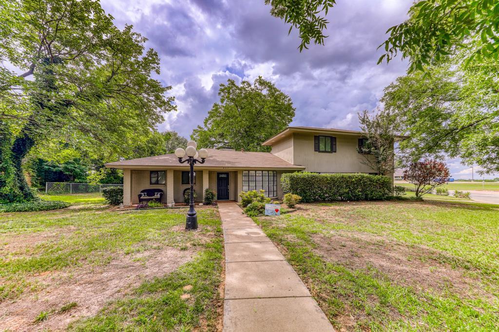 807 Hilltop  Drive, Weatherford, Texas 76086 - Acquisto Real Estate best mckinney realtor hannah ewing stonebridge ranch expert