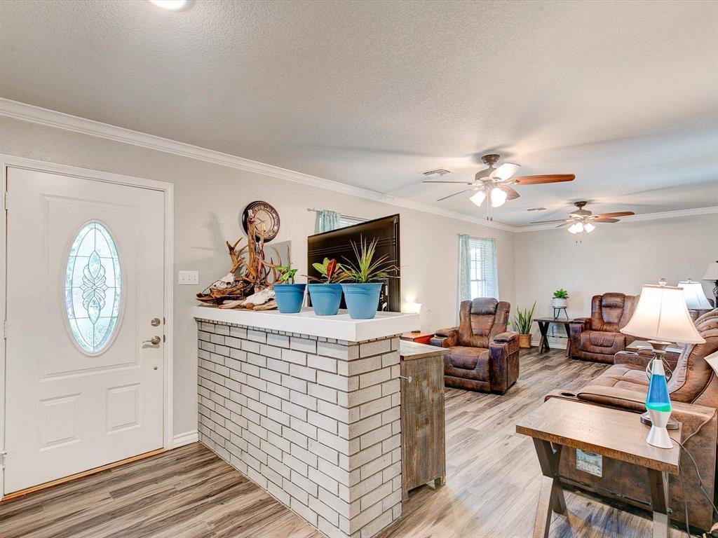 401 Wilson  Avenue, Whitney, Texas 76692 - acquisto real estate best designer and realtor hannah ewing kind realtor