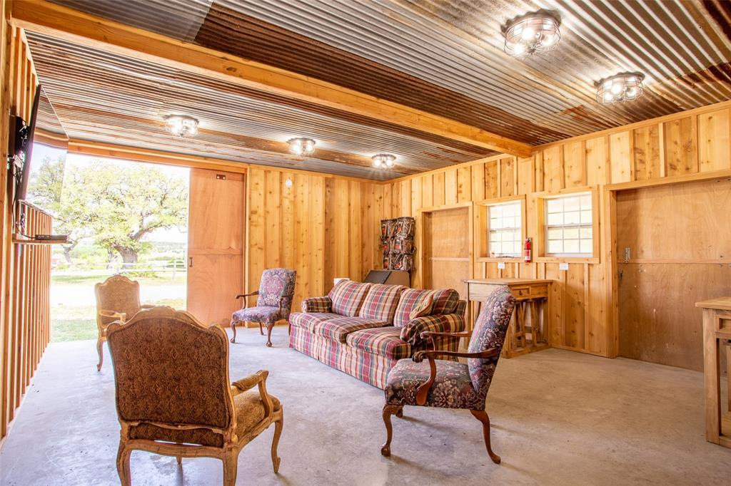 5730 County Road 225  Cranfills Gap, Texas 76637 - acquisto real estate best plano real estate agent mike shepherd