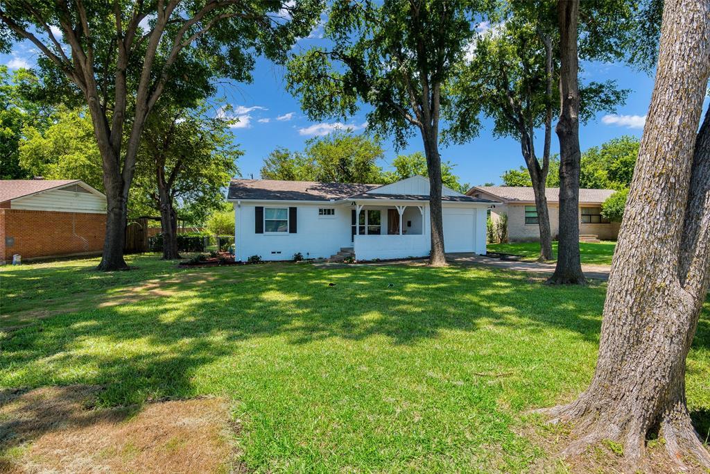8815 Boundbrook  Circle, Dallas, Texas 75243 - acquisto real estate best the colony realtor linda miller the bridges real estate
