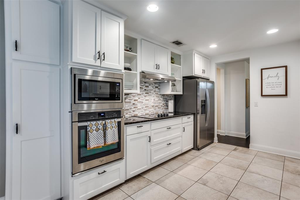 3240 Brunchberry  Lane, Plano, Texas 75023 - acquisto real estate best real estate company to work for