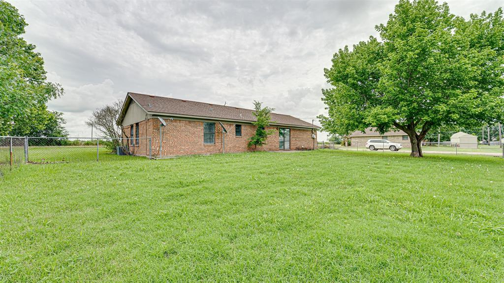 329 Hyles  Street, Italy, Texas 76651 - acquisto real estate best frisco real estate broker in texas for high net worth buyers