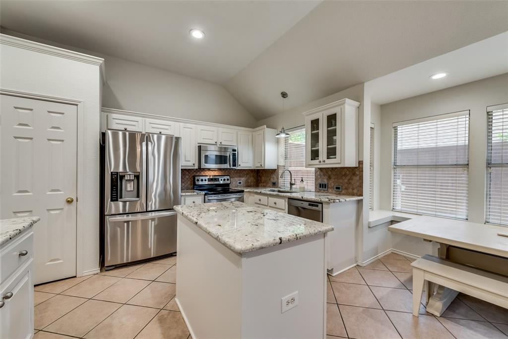 808 Amber  Court, Allen, Texas 75002 - acquisto real estate best photos for luxury listings amy gasperini quick sale real estate
