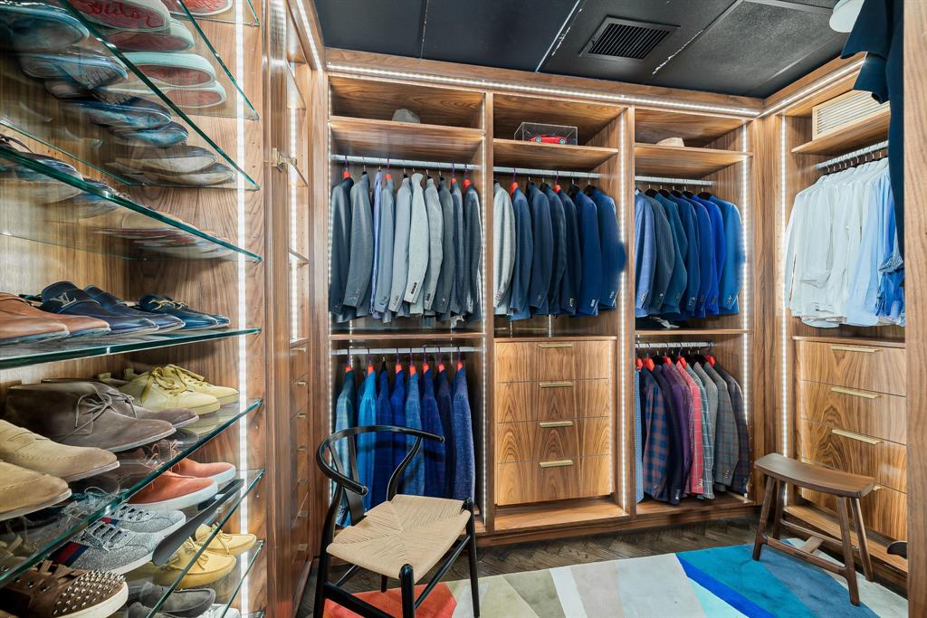 3130 Harwood  Street, Dallas, Texas 75201 - acquisto real estaet best boutique real estate firm in texas for high net worth sellers