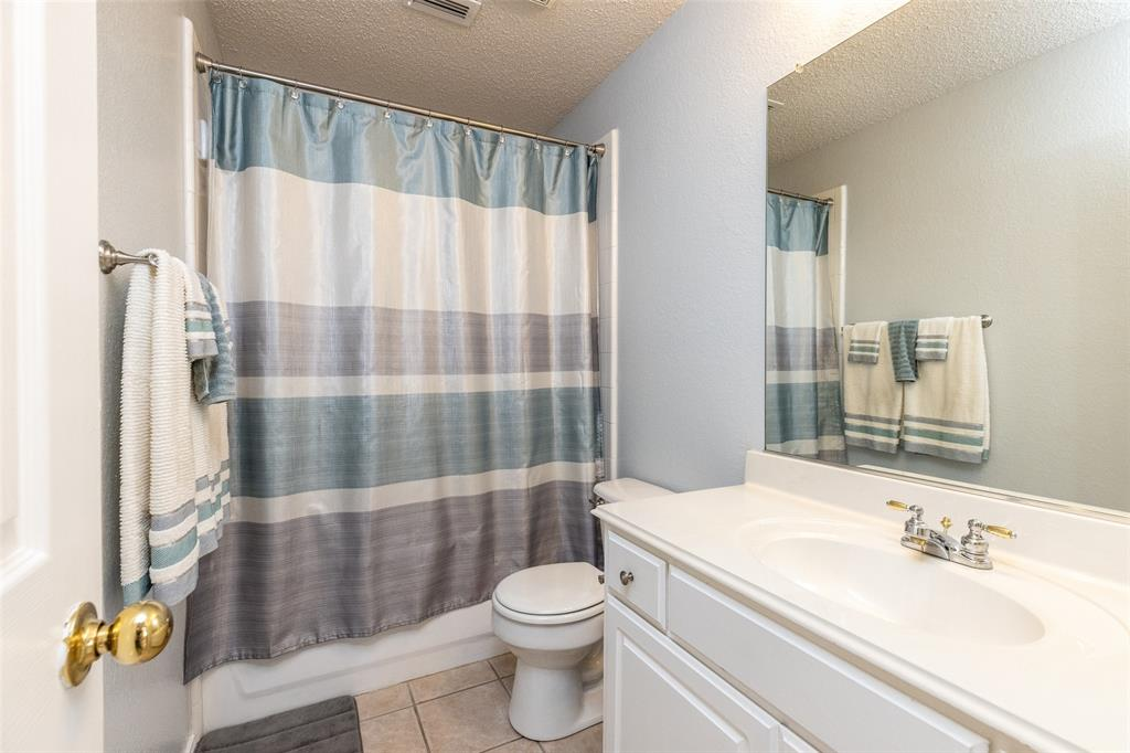 8165 Keechi Creek  Court, Fort Worth, Texas 76137 - acquisto real estate best frisco real estate agent amy gasperini panther creek realtor