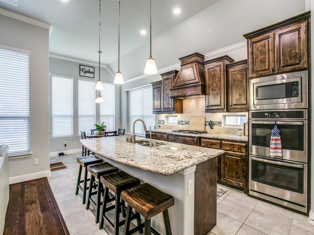 332 Prairie Ridge  Lane, Lewisville, Texas 75056 - acquisto real estate best real estate company to work for