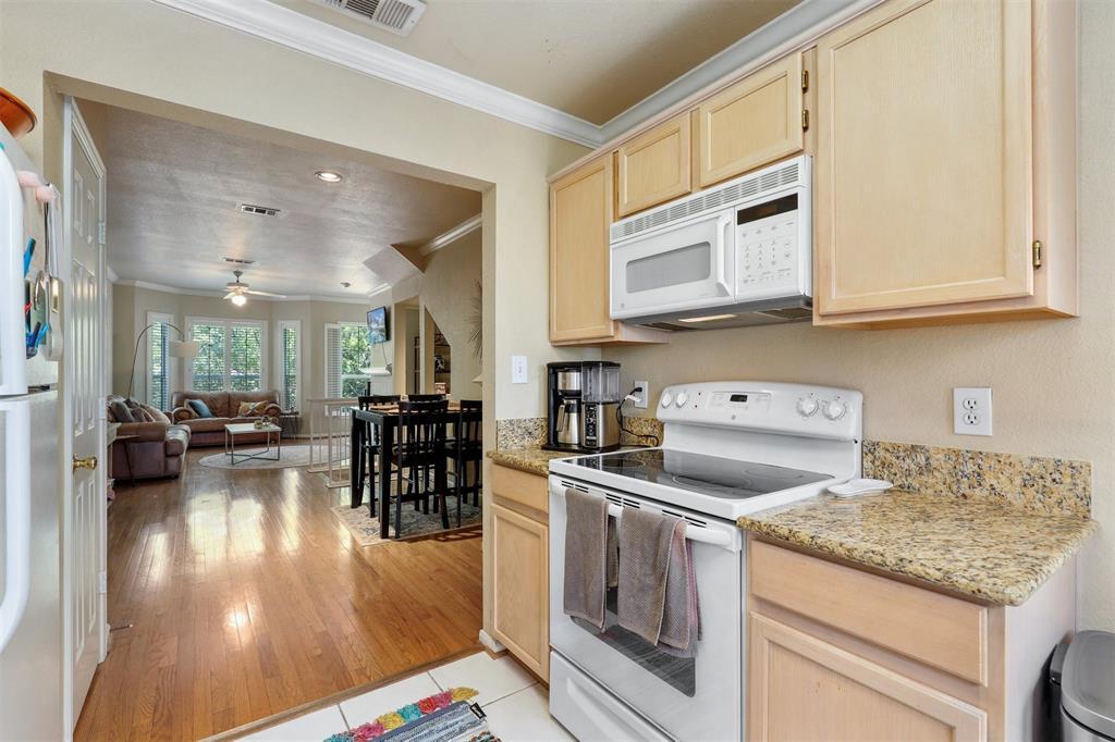 2902 State  Street, Dallas, Texas 75204 - acquisto real estate best listing listing agent in texas shana acquisto rich person realtor