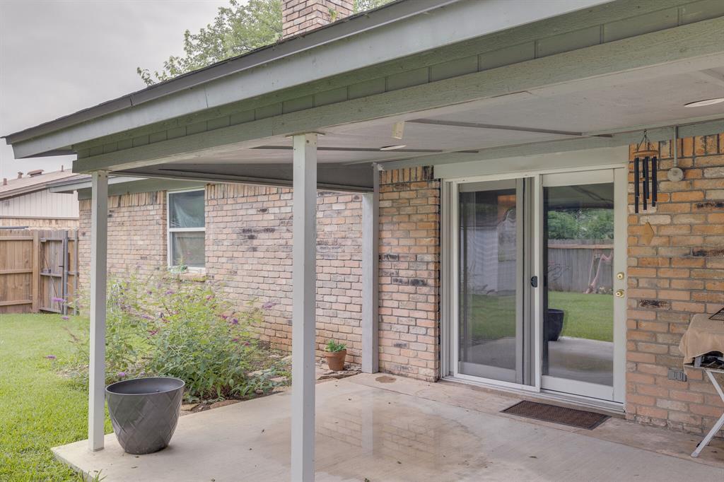 6612 Betty  Drive, Watauga, Texas 76148 - acquisto real estate best frisco real estate agent amy gasperini panther creek realtor