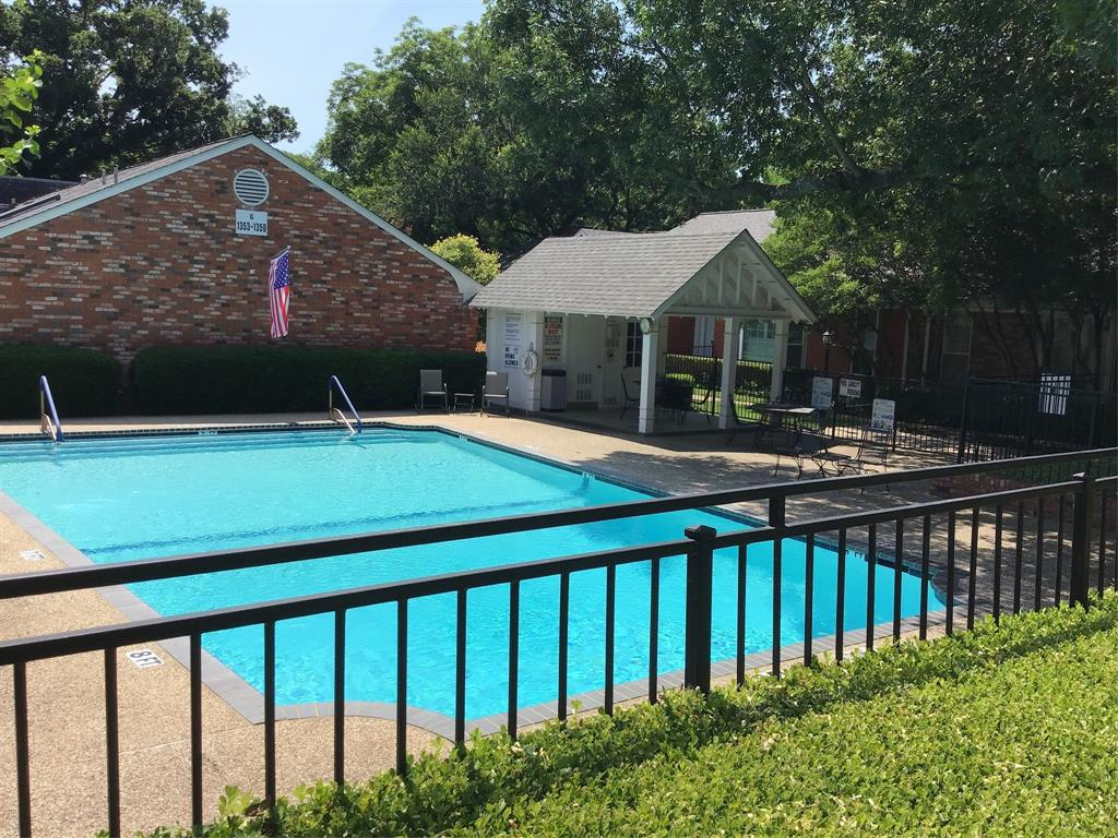 1205 Roaring Springs  Road, Fort Worth, Texas 76114 - acquisto real estate best frisco real estate broker in texas for high net worth buyers