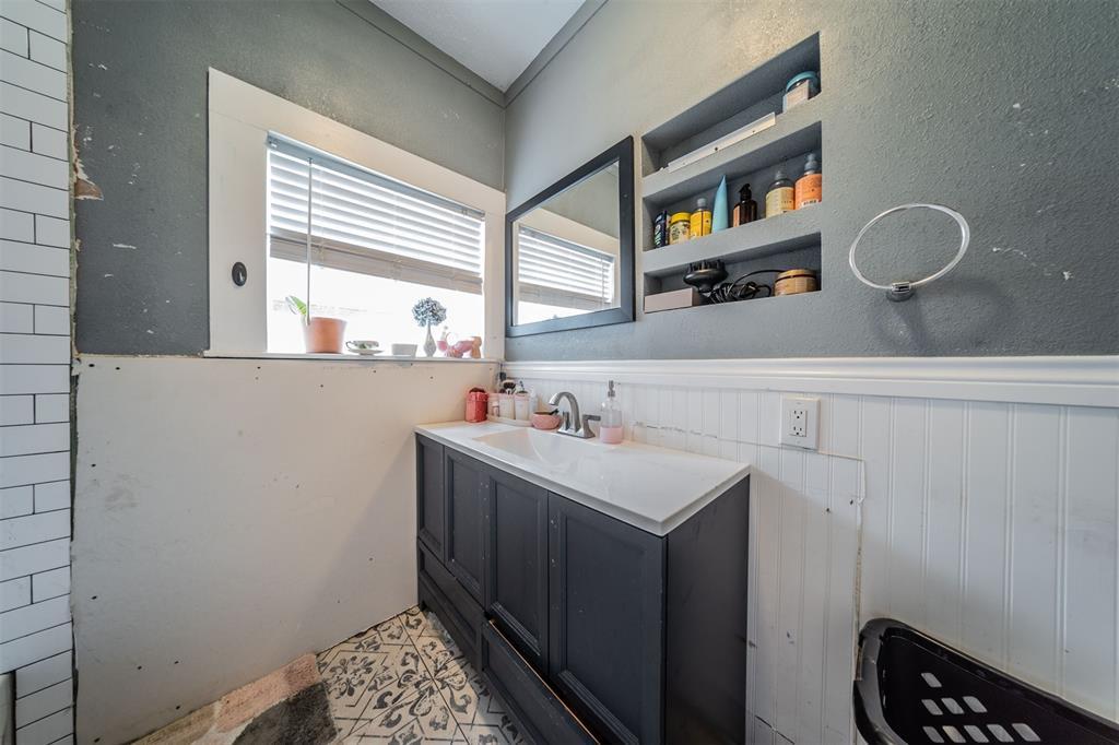 114 Scurlock  Avenue, Cleburne, Texas 76031 - acquisto real estate best listing agent in the nation shana acquisto estate realtor