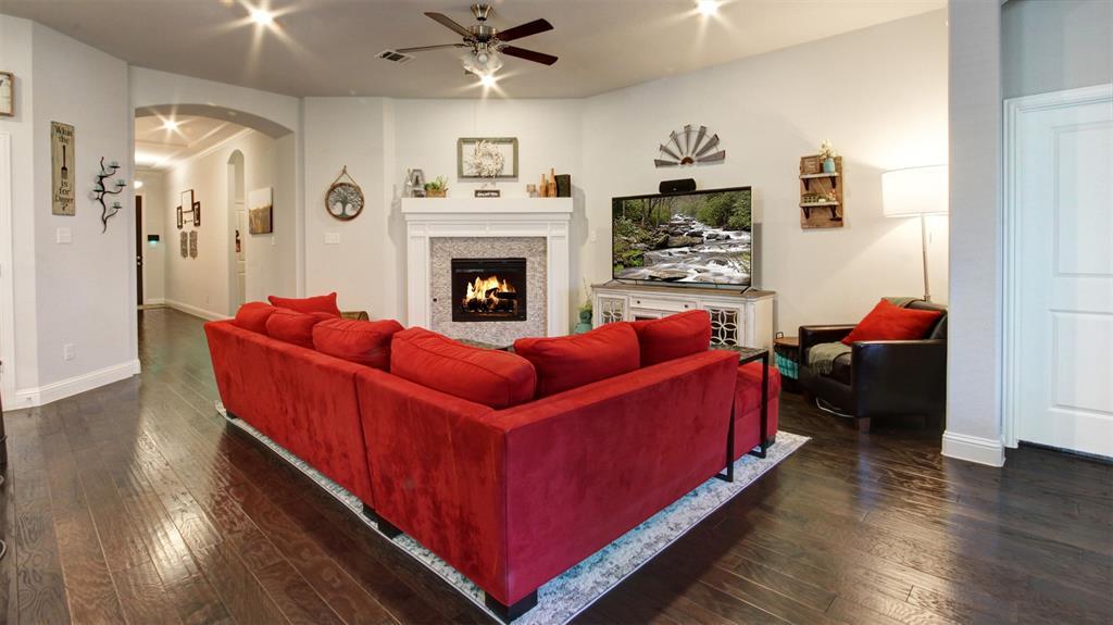 604 Forefront  Avenue, Celina, Texas 75009 - acquisto real estate best highland park realtor amy gasperini fast real estate service