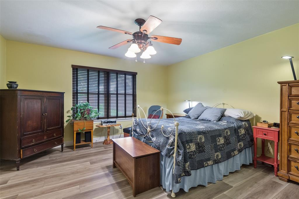 1102 Heiden  Court, Flower Mound, Texas 75028 - acquisto real estate best real estate company to work for