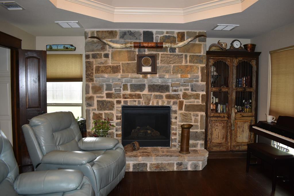 137 Kinbrook  Lane, Weatherford, Texas 76087 - acquisto real estate best prosper realtor susan cancemi windfarms realtor