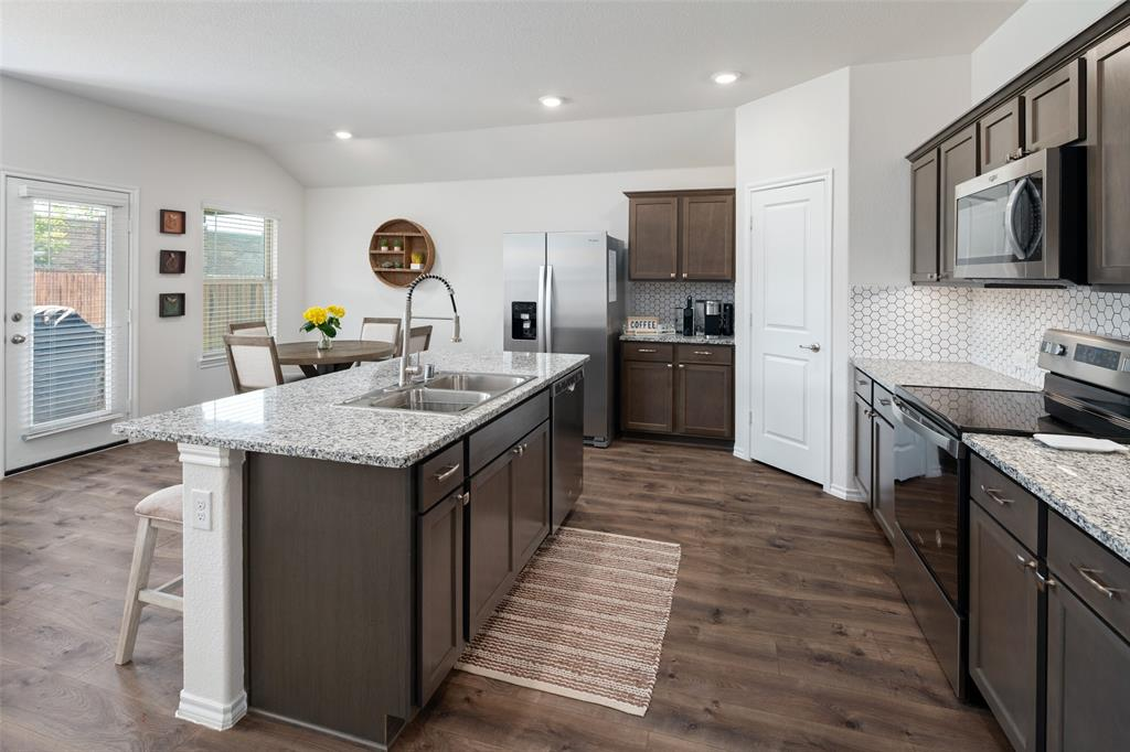 8016 Gallup  Avenue, Aubrey, Texas 76227 - acquisto real estate best prosper realtor susan cancemi windfarms realtor
